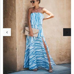 NWOT Vici Wipeout Tie Dye Strapless Maxi Dress